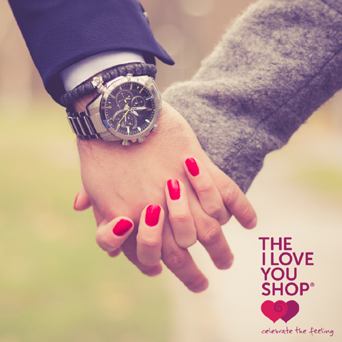holding hands romantic love theiloveyoushop celebratethefeeling 1