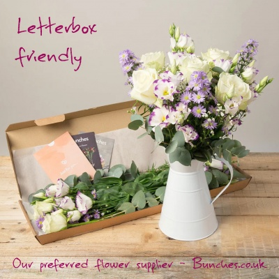 flowers_by_post_the_i_love_you_shop_letterbox_flowers_florence_by_bunches_celebratethefeeling_