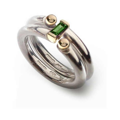the_i_love_you_shop_celebratethefeeling_interlock_ring_green_tormaline
