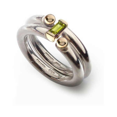 the_i_love_you_shop_celebratethefeeling_interlock_ring_peridot