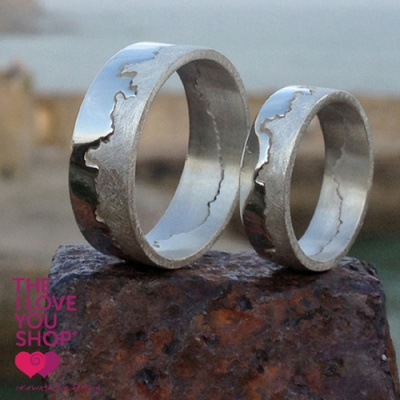 the_i_love_you_shop_celebratethefeeling_large_and_small_silver_coastline_ring_on_quay_x